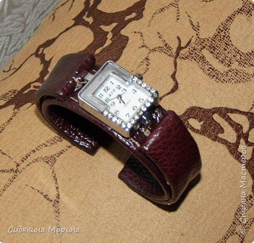 часы-браслет из кожи фото 2