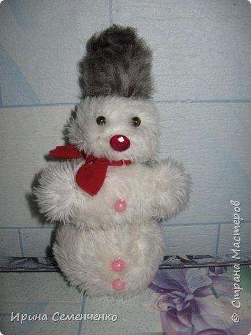 Этот весёлый снеговик был сделан накнуне Нового года. Ребятам моим он тоже понравился. И вот что у нас получилось... фото 2