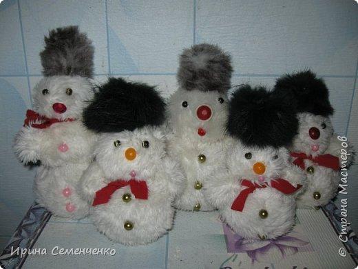 Этот весёлый снеговик был сделан накнуне Нового года. Ребятам моим он тоже понравился. И вот что у нас получилось... фото 9