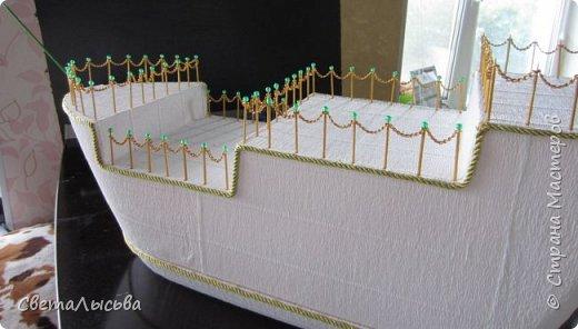 Здравствуйте, все! Это скорее работа моего мужа, потому что мои руки были заняты в это время слоном-шкатулкой http://stranamasterov.ru/node/750033  Подарки предназначались на свадьбу для моей сестры. А покуда муж - моряк, как же мы на свадьбу да без корабля? фото 3