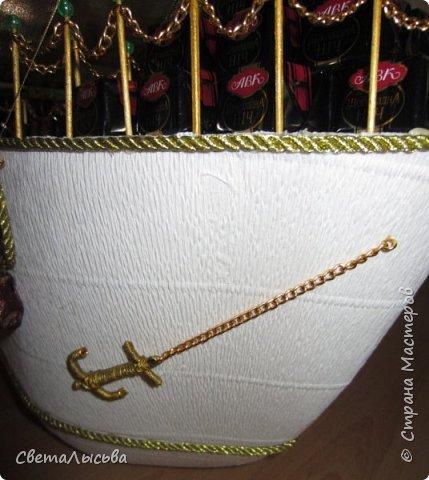 Здравствуйте, все! Это скорее работа моего мужа, потому что мои руки были заняты в это время слоном-шкатулкой http://stranamasterov.ru/node/750033  Подарки предназначались на свадьбу для моей сестры. А покуда муж - моряк, как же мы на свадьбу да без корабля? фото 11