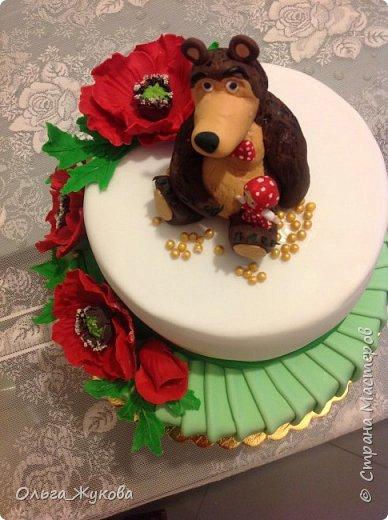 Доброго времени суток, жители Страны! Хочу показать мой новый детский тортик. Маша и Миша с маками! Хотя в мультике, вроде, маков не было... Ну, да ладно! фото 3