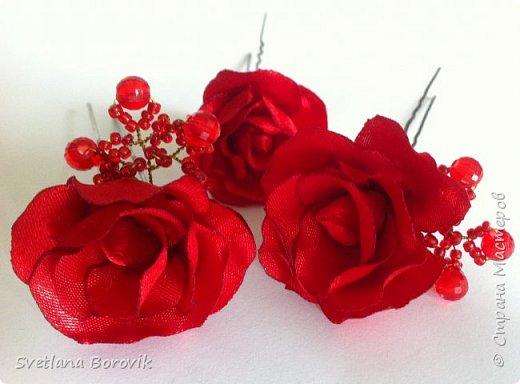 Шпилька Чайная роза из атласных лент своими руками