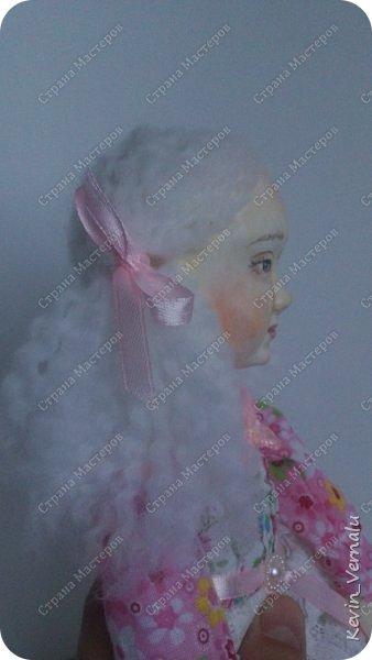 Кукла создана с большими усилиями...По мотивам кукол Долькирадуги,она же Машери,она же Кира Сашина,и Кира Кинаш.Теперь и у меня дома живет эта радость...Буду стремиться создавать еще больше такой красоты:-).Не скромно.... фото 9