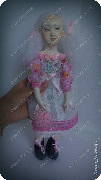 Кукла создана с большими усилиями...По мотивам кукол Долькирадуги,она же Машери,она же Кира Сашина,и Кира Кинаш.Теперь и у меня дома живет эта радость...Буду стремиться создавать еще больше такой красоты:-).Не скромно.... фото 11