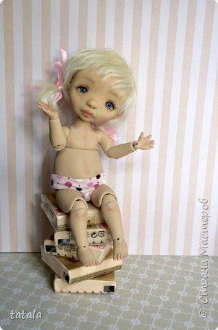 Здравствуйте все! у меня накопилось несколько фотографий которые я еще не показывала)) Все куклы сделаны из фимо. Спасибо за внимание)) фото 1