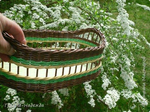 Добрый день дорогие жители СМ!!!! Хочу показать свои новые работы. Как только мне подарили овальное ведро как основу для плетения, мои работы теперь пока вот такой формы и она мне очень нравится. фото 17