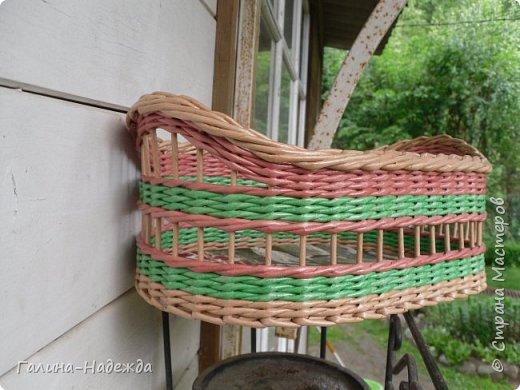 Добрый день дорогие жители СМ!!!! Хочу показать свои новые работы. Как только мне подарили овальное ведро как основу для плетения, мои работы теперь пока вот такой формы и она мне очень нравится. фото 15