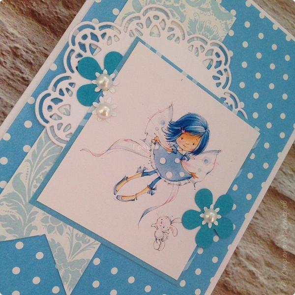 В понедельник я проводила занятие в детском центре. Делали мы открыточку с феечками Марины Федотовой. Открытка двойная с внутренним, хоть и минимальным оформлением. фото 2