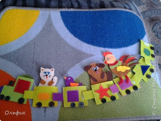 Здравствуйте! Как вы думаете, почему у меня стали появляться развивающие игрушки для детей? Да потому что совсем недавно у меня появилась ещё одна дочка Полечка!  И я шью, шью, придумываю, придумываю, вырезаю, сочиняю... Хоть и времени совсем немного. Работы из фетра достаточно трудоёмки, делала их пока еще носила свою крошку. Но как же затягивает фетр!!! Просто невозможно оторваться фото 3