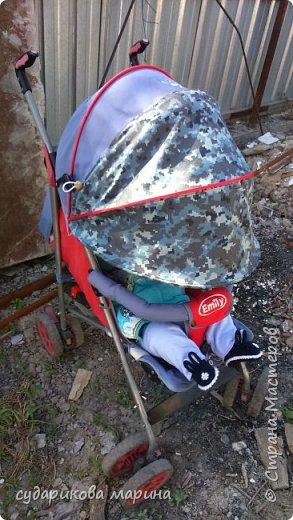 Вот такой дополнительный кап на коляску сшила из ткани цвета хаки))) Малявочка моей светит солнце в глазки и не дает спать. Вот и пришлось что-то придумывать. фото 2