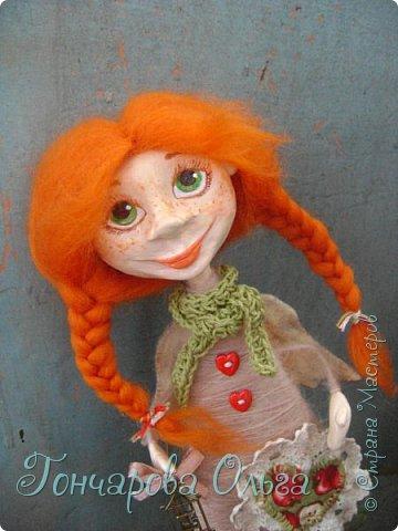 """""""Добруша"""" Рыжая девчушка, с зелеными,глазами.Удивительно добрый и ласковый ангелочек. Собирательница солнечных лучиков. Вестница яркого и теплого солнышка. 25 см. фото 6"""
