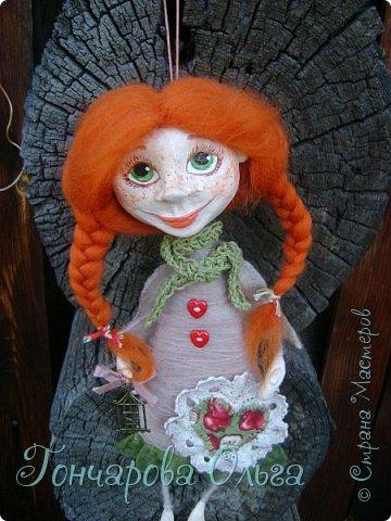 """""""Добруша"""" Рыжая девчушка, с зелеными,глазами.Удивительно добрый и ласковый ангелочек. Собирательница солнечных лучиков. Вестница яркого и теплого солнышка. 25 см. фото 3"""