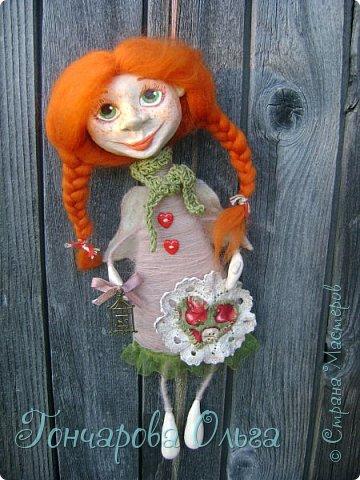 """""""Добруша"""" Рыжая девчушка, с зелеными,глазами.Удивительно добрый и ласковый ангелочек. Собирательница солнечных лучиков. Вестница яркого и теплого солнышка. 25 см. фото 4"""