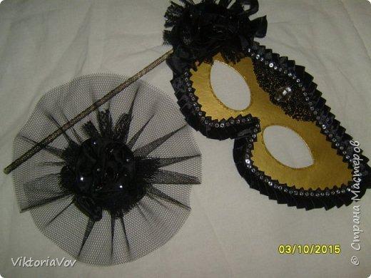 Привет всем, кто сейчас бодрствует! Хочу показать вам свои следующие работы.  Это чехлы на свадебные бутылочки в темно-синем цвете как заказала невеста, чтобы еще было сходство с ее платьем и костюмом жениха. Невесте очень понравилось. фото 6