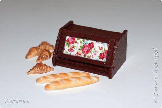 Хлебница в кукольный домик