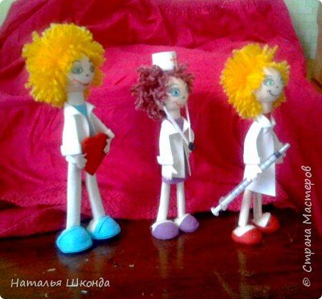Вот такие куколки получились к дню медработника,так как я сама медработник,мне эта тема близка фото 5