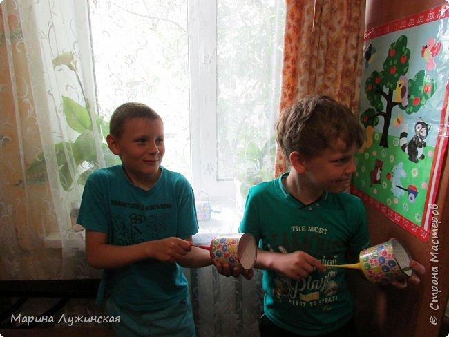 Добрый день!  Сегодня мой сынуля, мой крестник и их друг  делали себе шуточные стрелялки-пулялки, под моим руководством....  фото 9