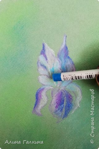 Вот такой простенький цветочек будем рисовать. фото 9