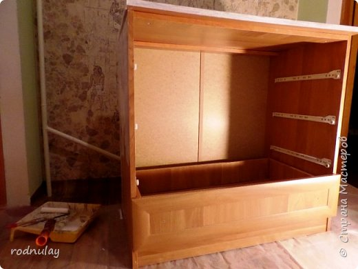 Решила обновить шкаф. Не то чтобы он был старый. Скорее скучный.  Получился вот такой, на  мой вкус - замечательный! фото 5