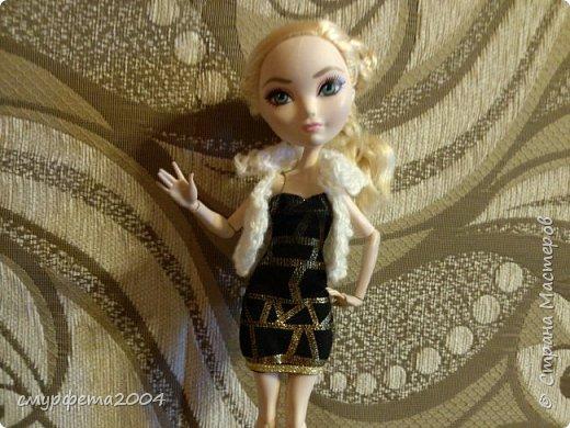 Привет! Меня давно не было... Ну ладно. Вот таких кукол сегодня приобрела на блошином рынке. Маленькая кукла Май Син ( лень на английском писать) Она от Mattel, 2004 года. Вторая, как оказалось Sindy  от Hasbro, 1994 года. Были в очень-очень плохом состоянии. фото 5