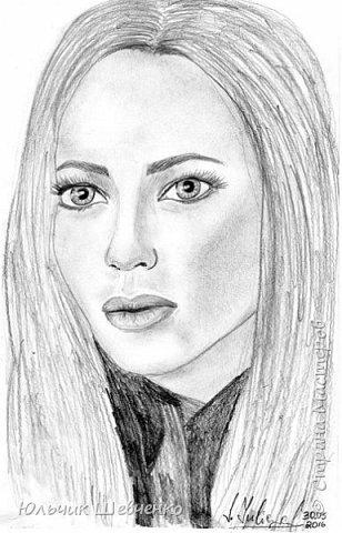 Портрет карандашом,)