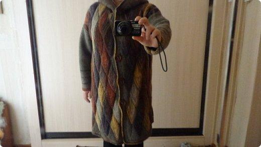 Здравствуйте. Представляю вам пальто связанное в технике свинг. фото 1