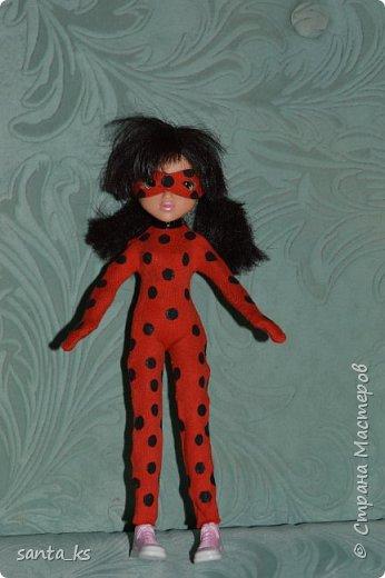 Здравствуйте мастера и мастерицы! У моей дочки появилось новое увлечение .. Наряду с феями Винкс она прониклась любовью к леди Баг. Так что пришлось сшить костюмчик. В создании костюмчика пользовалась данным мастер-классом, за что автору спасибо http://yandex.ru/video/search?filmId=-4EySdjrUXI&text=%D0%BA%D0%B0%D0%BA%20%D1%81%D0%B4%D0%B5%D0%BB%D0%B0%D1%82%D1%8C%20%D0%BA%D0%BE%D1%81%D1%82%D1%8E%D0%BC%20%D0%BB%D0%B5%D0%B4%D0%B8%20%D0%B1%D0%B0%D0%B3%20%D0%B4%D0%BB%D1%8F%20%D0%BA%D1%83%D0%BA%D0%BB%D1%8B .  фото 2
