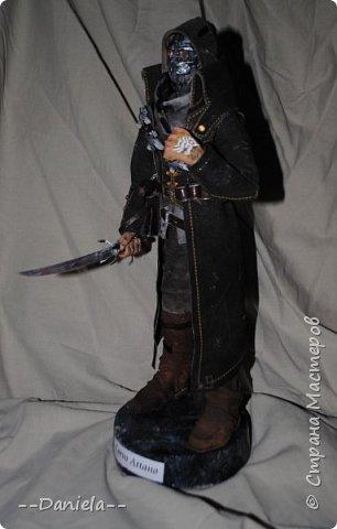 Довелось поиграть в одну потрясающую игру - Dishonored, - главным героем является Корво Аттано. Очень сложный костюм со множеством деталей... да еще и очень необычная для меня деталь - маска. Надо делать) срочно, пока вдохновение не ушло... собственно, вот) фото 2