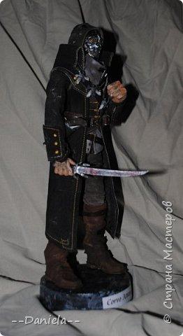 Довелось поиграть в одну потрясающую игру - Dishonored, - главным героем является Корво Аттано. Очень сложный костюм со множеством деталей... да еще и очень необычная для меня деталь - маска. Надо делать) срочно, пока вдохновение не ушло... собственно, вот) фото 5