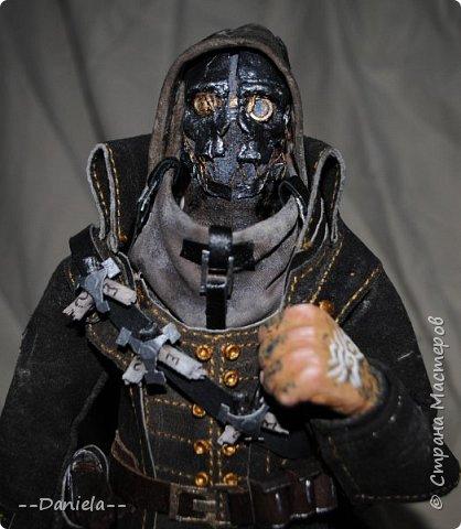 Довелось поиграть в одну потрясающую игру - Dishonored, - главным героем является Корво Аттано. Очень сложный костюм со множеством деталей... да еще и очень необычная для меня деталь - маска. Надо делать) срочно, пока вдохновение не ушло... собственно, вот) фото 7