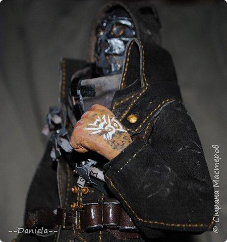 Довелось поиграть в одну потрясающую игру - Dishonored, - главным героем является Корво Аттано. Очень сложный костюм со множеством деталей... да еще и очень необычная для меня деталь - маска. Надо делать) срочно, пока вдохновение не ушло... собственно, вот) фото 9