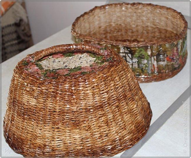 Добрый вечер, дорогие чудесники. Наплела кое- что для хлеба и хлебных изделий. Долго расписывать не буду, просто покажу со всех сторон.   Домик для хлеба. Входит две булки хлеба. фото 6