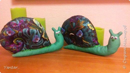 После Шляпника пошивочное настроение не прошло и родились еще вот такие две улиточки-тильды. фото 1