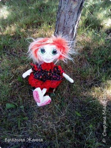 Всем жителям замечательной страны огромный привет.сегодня я к вам с куклехой озорницей))))))не захотела феюшкой быть))))захотела простой девчушкой бегать)))и так побежали))))))))))))))) фото 7