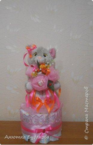 А вот и мой торт из памперсов фото 1