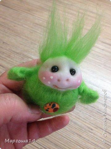 Привет,Страна Мастеров! Показываю куколки-миниатюрки по МК Виталины Воленшчак - Счастливчики. Такие куколки приятно дарить,они вызывают умиление и улыбку))) Это были первые куколки,выполненные по МК. фото 2