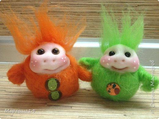 Привет,Страна Мастеров! Показываю куколки-миниатюрки по МК Виталины Воленшчак - Счастливчики. Такие куколки приятно дарить,они вызывают умиление и улыбку))) Это были первые куколки,выполненные по МК. фото 1