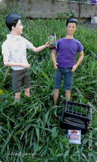 Привет!На выходных я решила взять кукол с собой в деревню и пофотографировать их.Вот что из этого вышло... фото 10