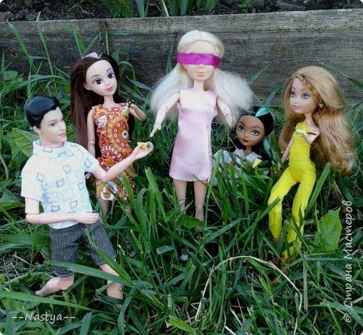 Привет!На выходных я решила взять кукол с собой в деревню и пофотографировать их.Вот что из этого вышло... фото 15