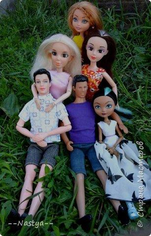 Привет!На выходных я решила взять кукол с собой в деревню и пофотографировать их.Вот что из этого вышло... фото 21