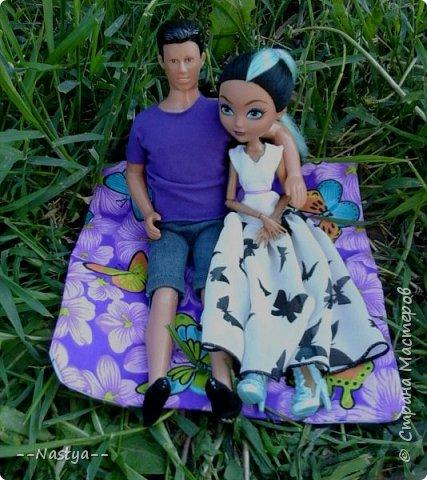 Привет!На выходных я решила взять кукол с собой в деревню и пофотографировать их.Вот что из этого вышло... фото 25