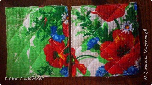 Вот такой наборчик делала сестрёнке на ДР. Шкатулочка, полотенечко и 2 прихваточки. фото 29