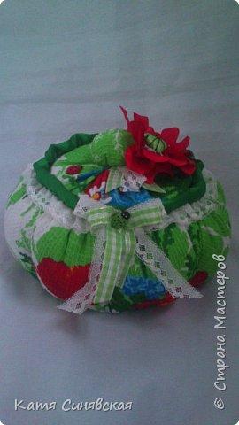 Вот такой наборчик делала сестрёнке на ДР. Шкатулочка, полотенечко и 2 прихваточки. фото 8