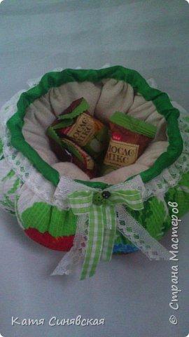 Вот такой наборчик делала сестрёнке на ДР. Шкатулочка, полотенечко и 2 прихваточки. фото 10