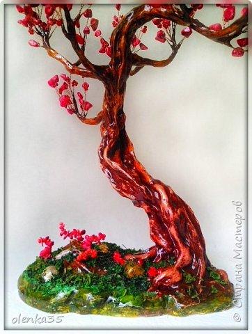Сделано из сколов коралла и бисера. фото 3