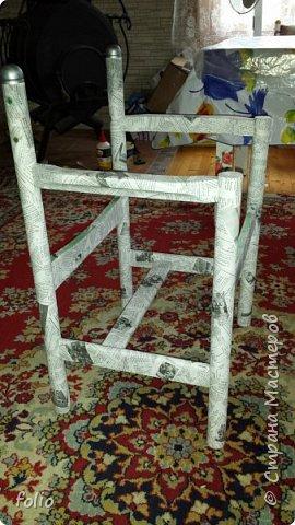 Друзьям обещала привести в порядок стул. В прошлом году занималась подобной работой.  А начиналось все вот так: фото 10