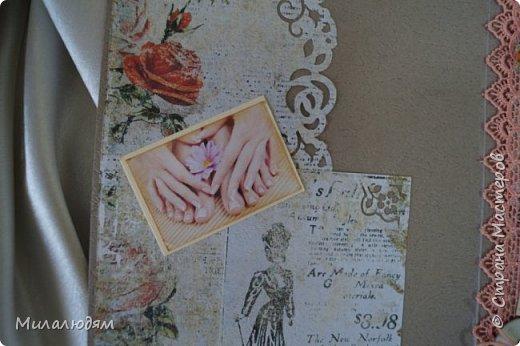 Всем доброго здравия! и это опять я  с новой открыткой. Открытка для моей приятельницы, она моя парикмахер и маникюрщица. И еще она хорошая портниха, но заказы не берет, не хватает на это времени. Я давно хотела ей сделать открытку с манекеном. И вот сделала, совместив все ее профессии в одной открытке. Хотя талантов у нее намного больше, чем три. фото 18