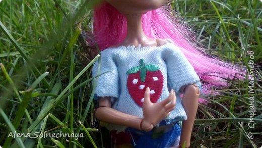 Всем приветик! Сегодня я с Хоулин сдаем работу на конкурс. Я сшила наряд на лето!  Это футболка с принтом и яркая юбка! фото 8