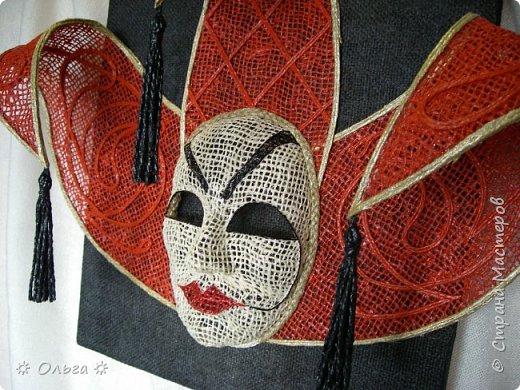 Теплого всем лета!!! Продолжаю мою любимую масочную-карнавальную  тему –  сегодня это «Джокер»!!!  Работа полностью выполнена из мешковины, немного шпагата, немного филиграни, немного фантазии))!!  фото 1